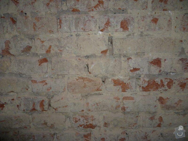Oprava stěny - vydrolená malta: p1040299