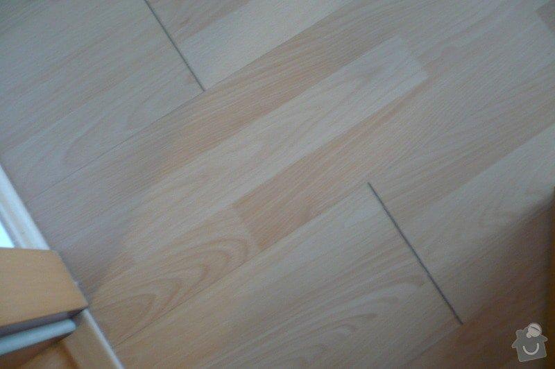 Oprava laminátové podlahy ( škvíry): P1110684