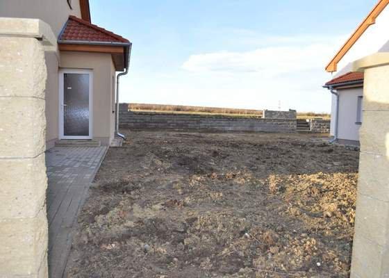 Lehké terénní úpravy pozemku