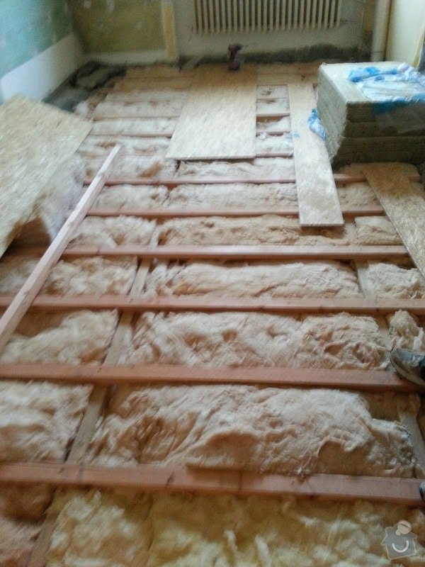 SDK strop/OSB podlaha/kosmetika stěn: 20140226_162058