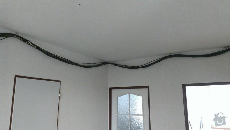 Stěrky stěn/kastlík s osvětlením: IMAG0850