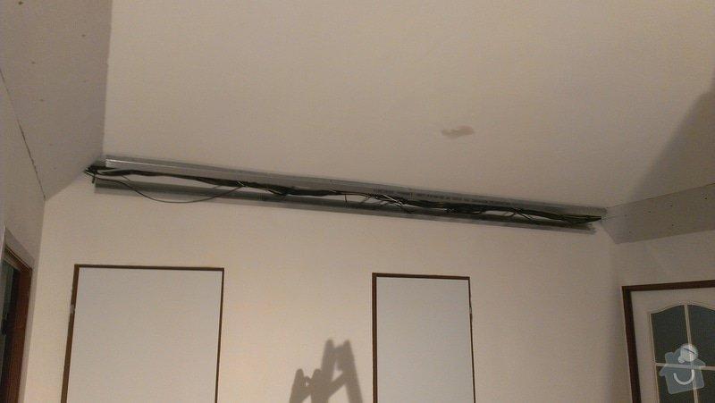 Stěrky stěn/kastlík s osvětlením: IMAG0854