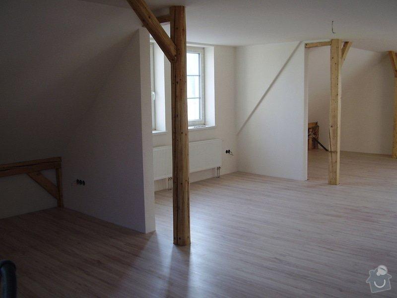 Rekonstrukce podkrovního bytu: P3040021