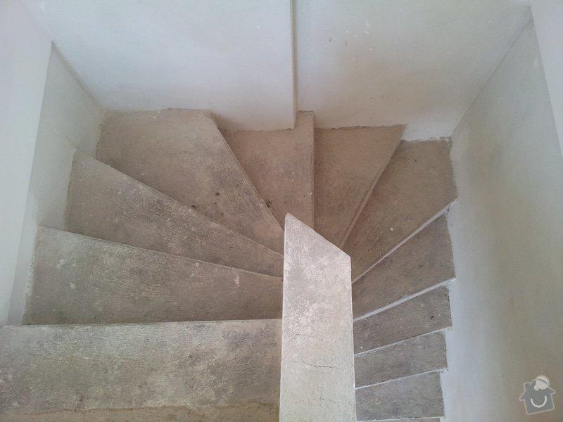 Rekonstrukce menšího schodiště vč. zábradlí: Seshora