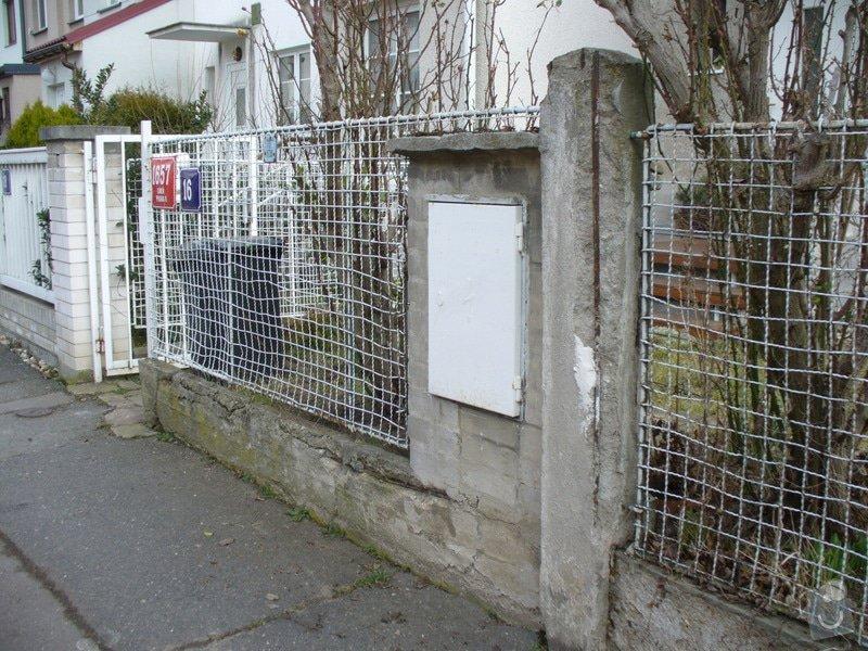 Stavbu plotu, délka 10,5m: P1220150