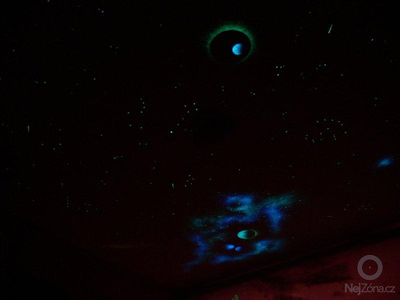 Malba hvězdné oblohy na polystyrénové podhledy - inspirace: P1230220