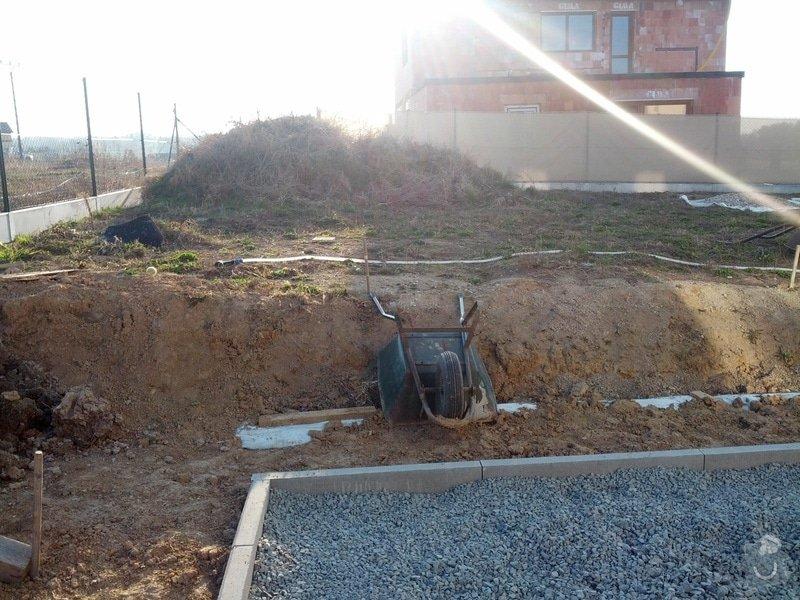Terenní úpravy - srovnání pozemku/zahrady: IMG_20140313_163332