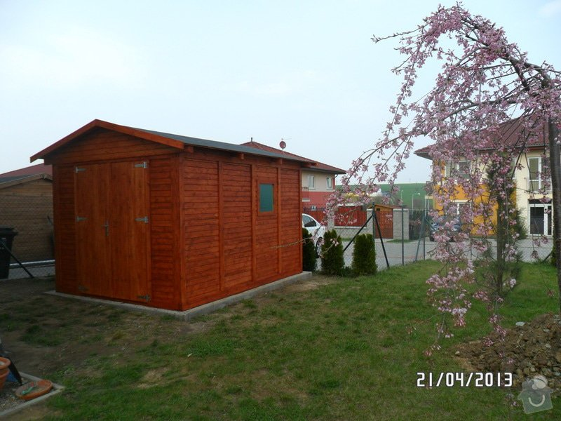 Šindelová střecha na zahradní domek: SAM_1496