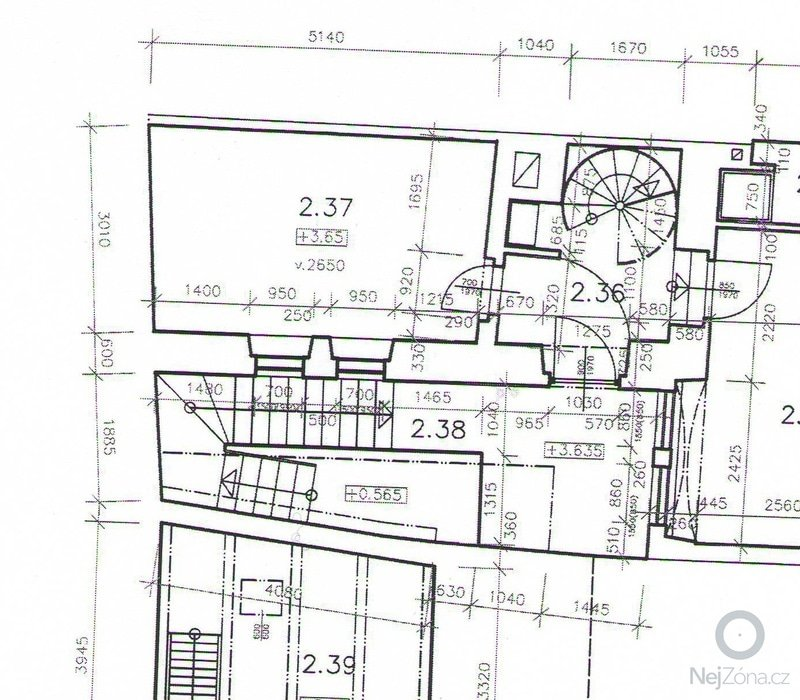 Položení dlažby v průjezdu domu a obložení navazujícího schodiště: 001