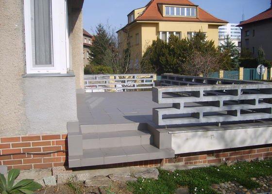 Renovace  keramické dlažby terasy, okapnice a fasády