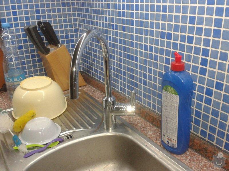 Výměna vodovodních baterií: 2014-03-19_19.23.26