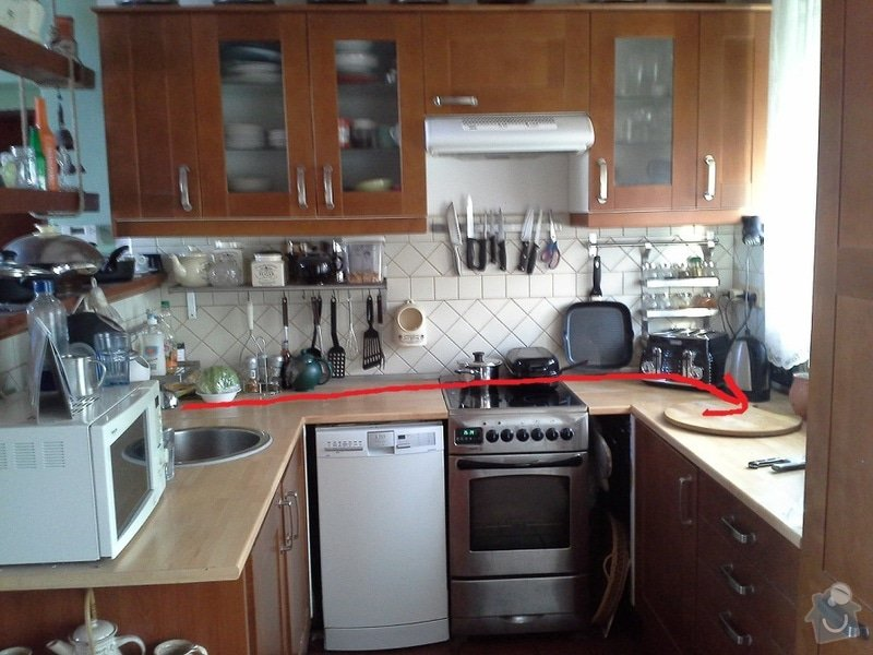 Přesunutí vody a odpadu v kuchyni: linka1