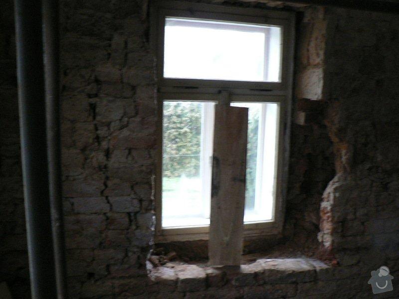 Rekontrukce střechy,podřezání zdí,stavební práce: P1150380