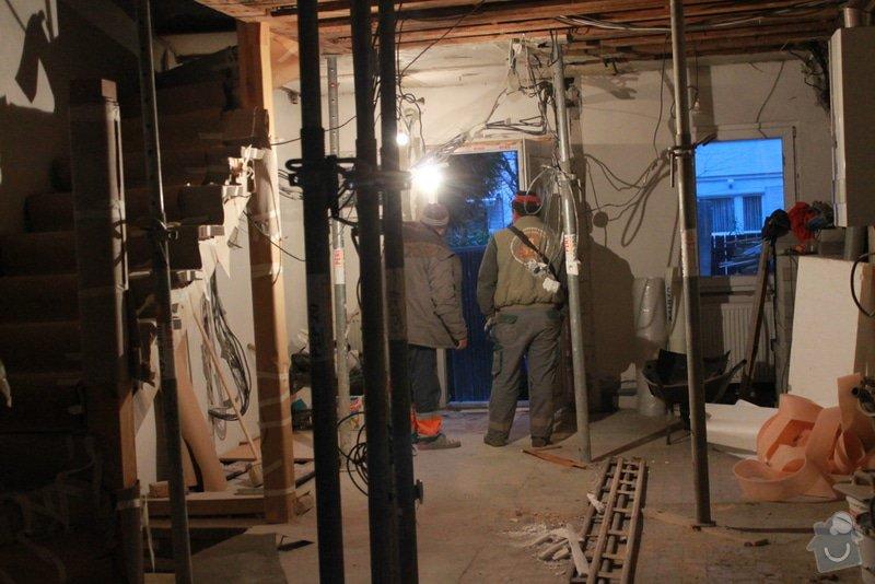 Rekonstrukce řadového RD.: 5.12.2013_007