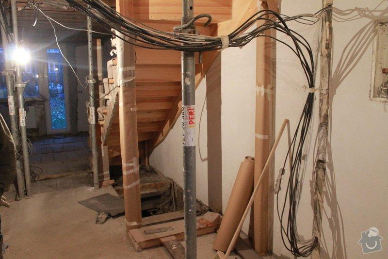 Rekonstrukce řadového RD.: 5.12.2013_014