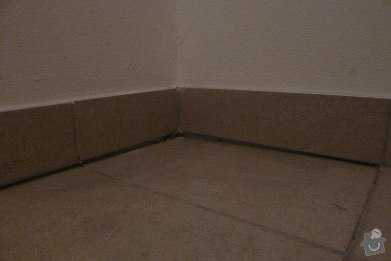 Odstranění podlahy, vyrovnánání, zbroušení  podkladu, pokládka podlahy , 2,39 x 1,785m: P1070505