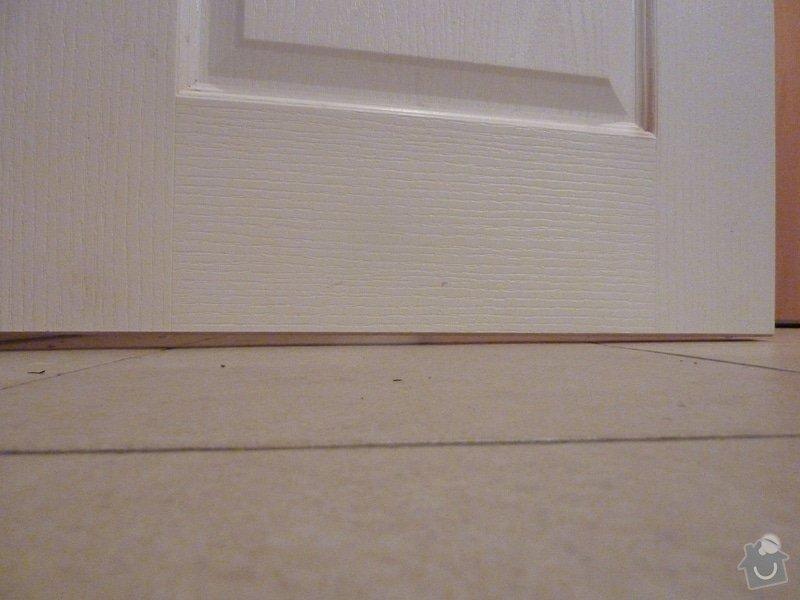 Odstranění podlahy, vyrovnánání, zbroušení  podkladu, pokládka podlahy , 2,39 x 1,785m: P1070569