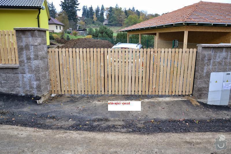 Přesun vjezdové brány, výstavba chodníku a dvou parkovacích míst, úprava terasy: DSC_8125_1