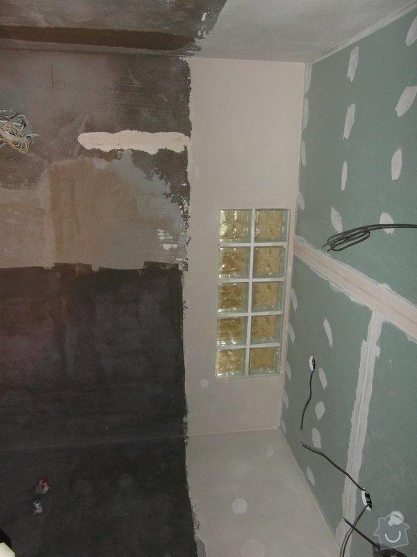 Sádrokartonový podhled, zdenické práce, obklad koupelny, pokládka dlažby.: SAM_2625