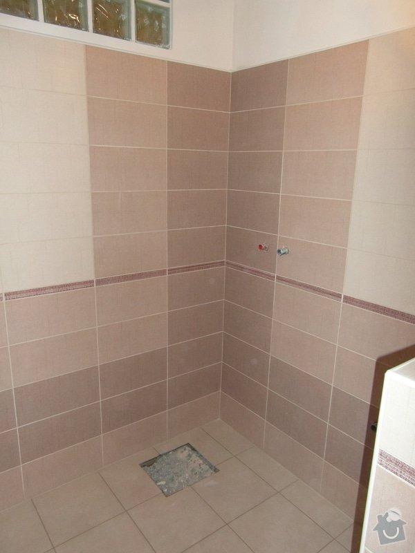 Sádrokartonový podhled, zdenické práce, obklad koupelny, pokládka dlažby.: SAM_2672