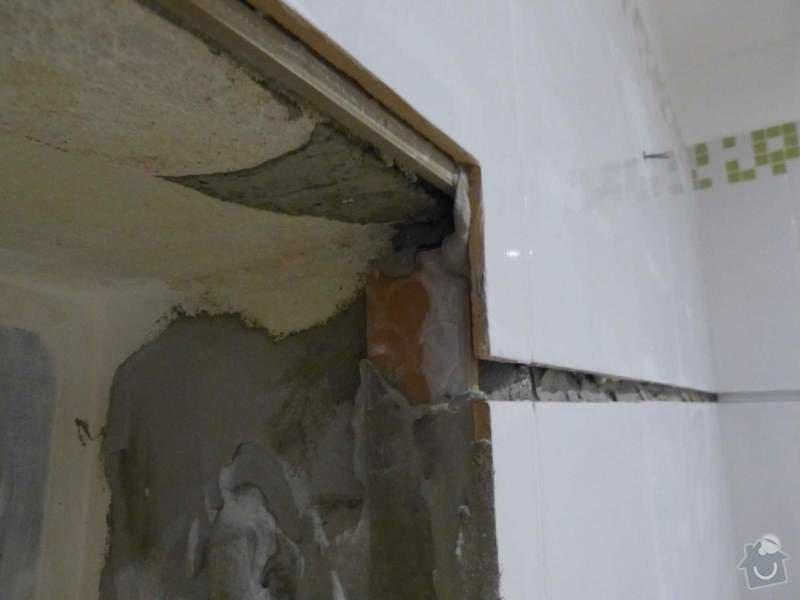 Obklady a dlažba v koupelně, dlažba v předsíni.: P1250942