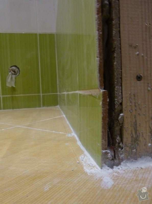Obklady a dlažba v koupelně, dlažba v předsíni.: P1250946