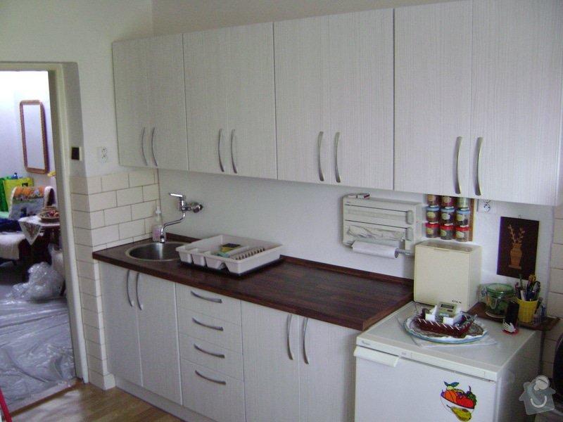 Kuchynská linka +Předsín skříně: DSC01142