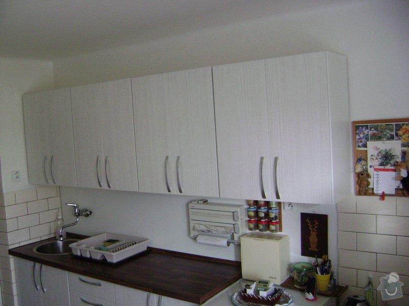 Kuchynská linka +Předsín skříně: DSC01143