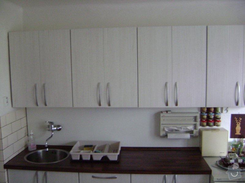 Kuchynská linka +Předsín skříně: DSC01148