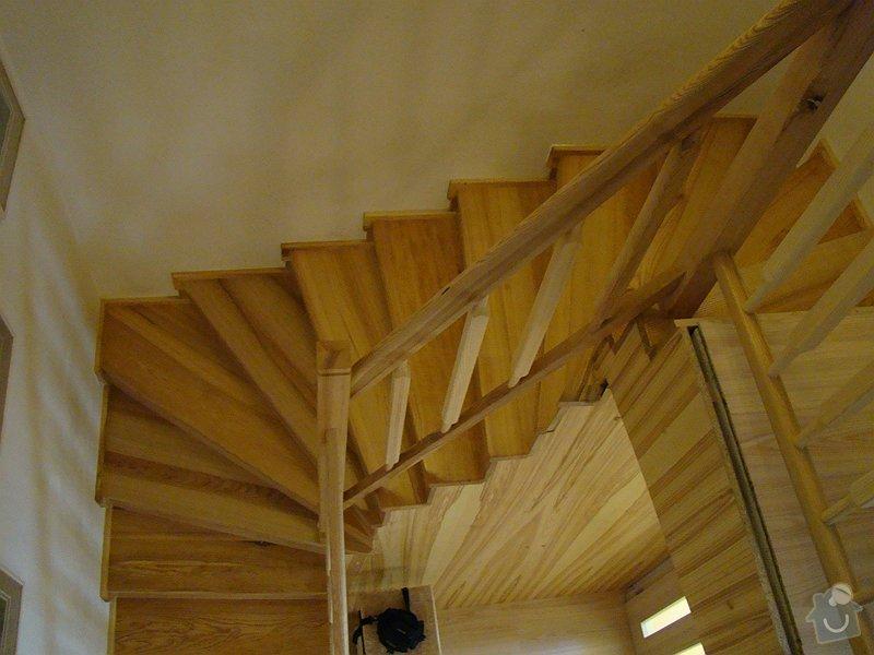 Dodávka dveří, podlah a obkladového schodiště: DSC08305-017