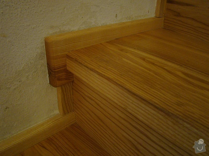 Dodávka dveří, podlah a obkladového schodiště: DSC08310-022