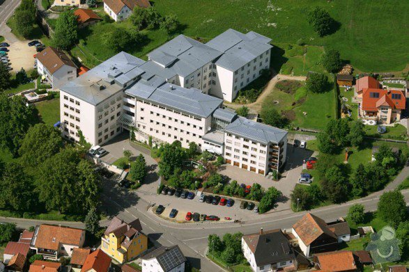 Rekonstrukce fasády kliniky v Bavorsku: wm_01_587_391_90