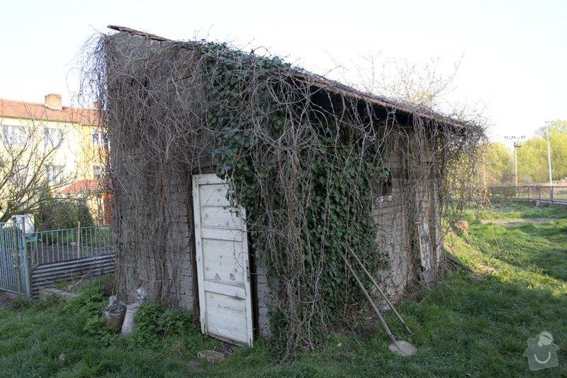 Úprava zahradního domku na benkovní posezení: 2