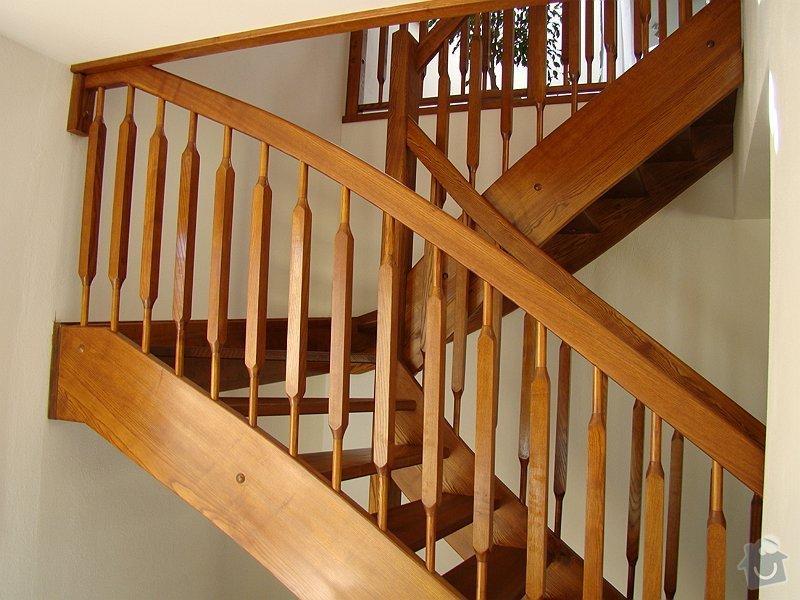 Dřevěné schodiště: DSC08193-018