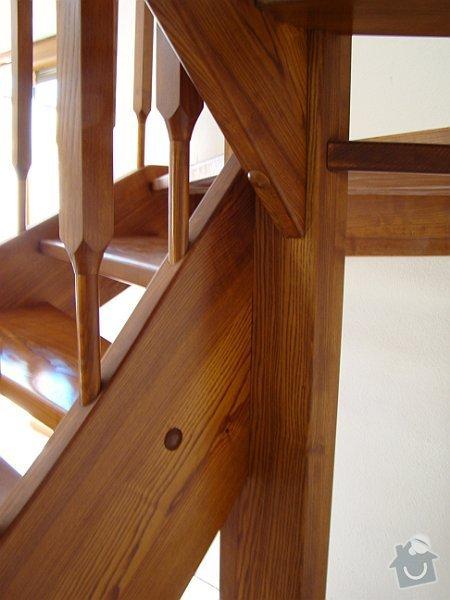 Dřevěné schodiště: DSC08192-017