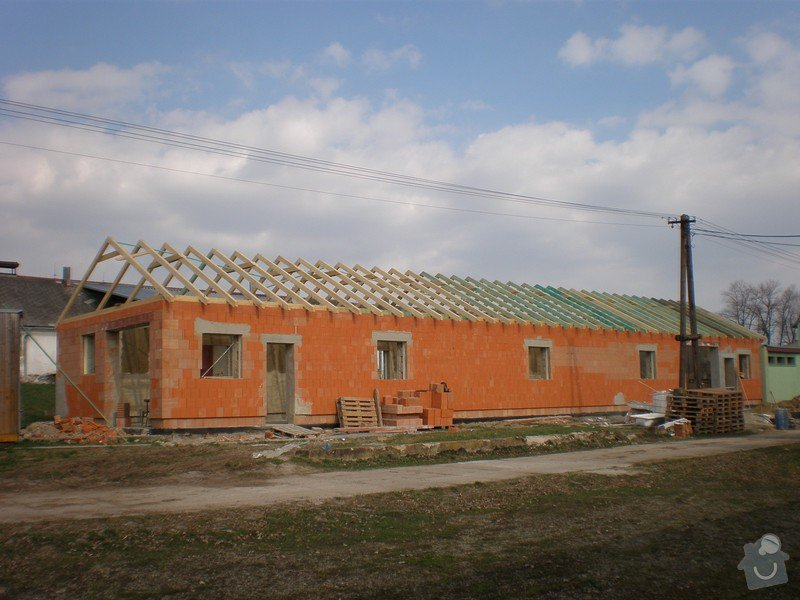 Výroba dřevěného krovu vč.dřevěného stropu,výroba zastřešené pergoly: P4030007