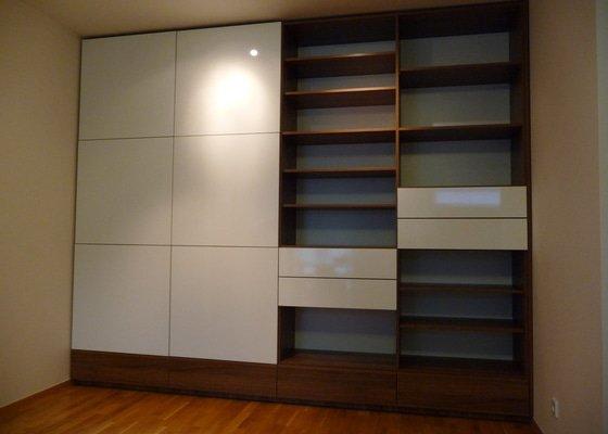 Návrh a výroba vestavné skříně