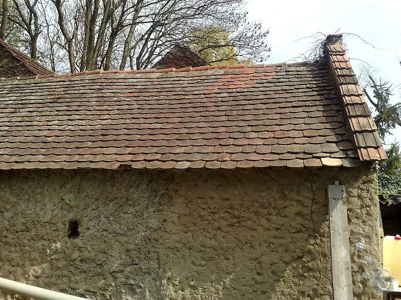 Rekonstrukce podlah,oken,dveří, střechy : garaz
