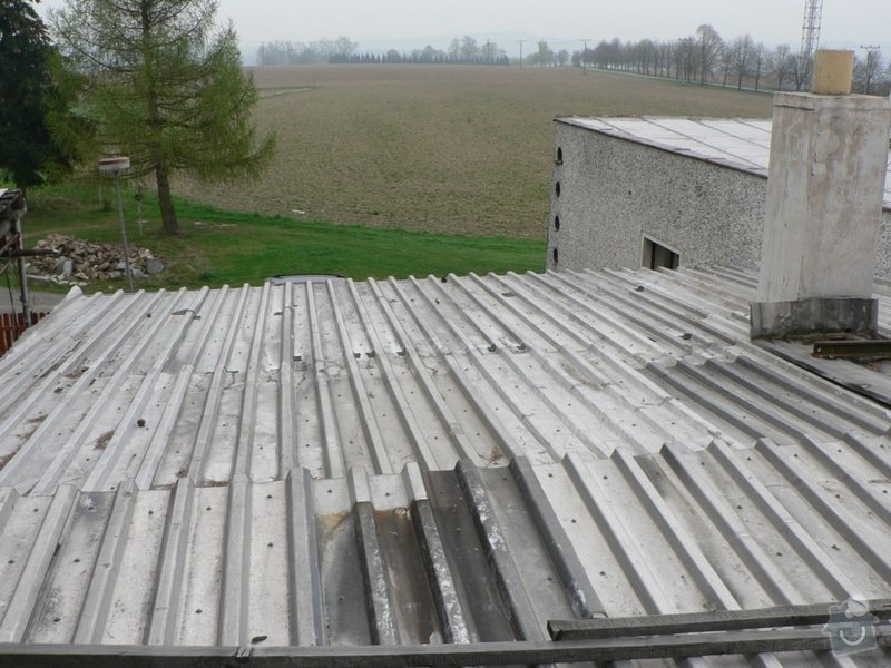 Výměna střešní krytiny, klempířské práce: P1130171