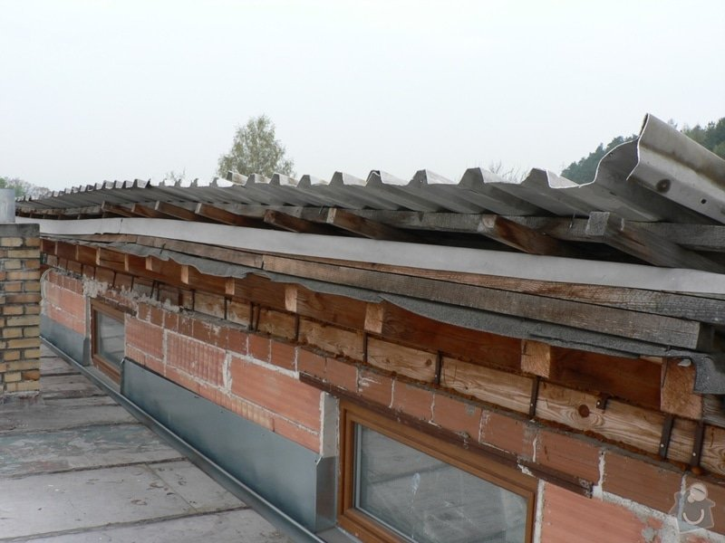 Výměna střešní krytiny, klempířské práce: P1130178