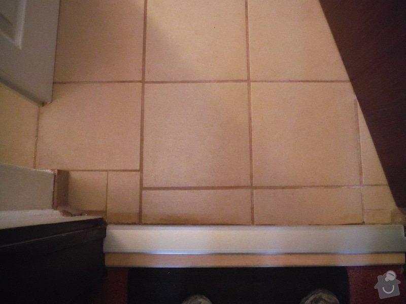 Tekoucí odpad sprchového koutu: DSCF0610