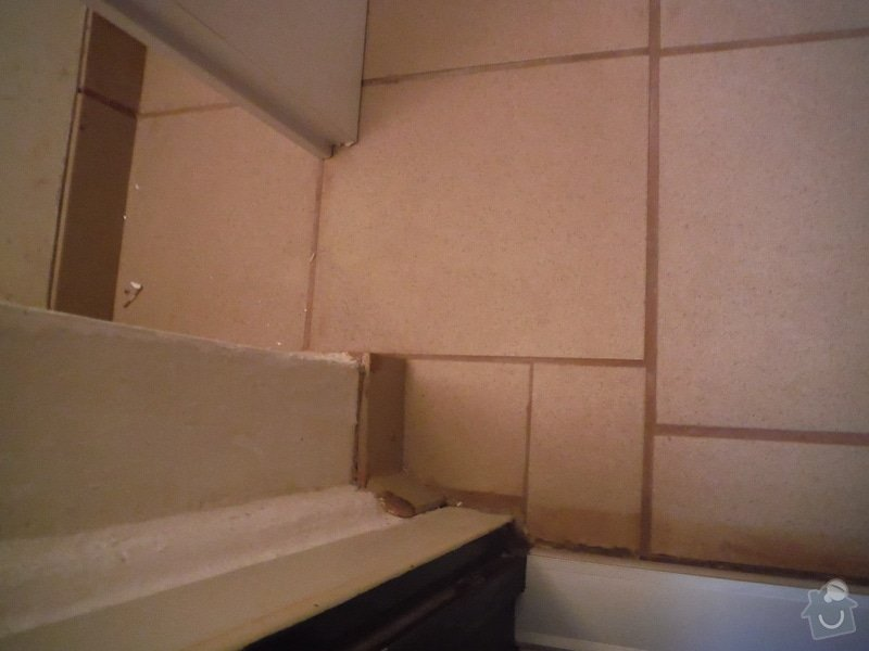 Tekoucí odpad sprchového koutu: DSCF0611