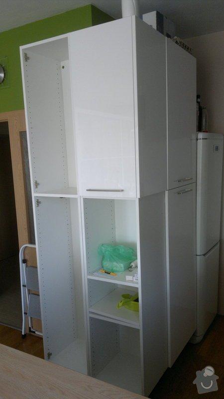 Osvětlení kuchyně a obývacího pokoje (kombinace LED + 220V svítidel): 2012-08-06-3400