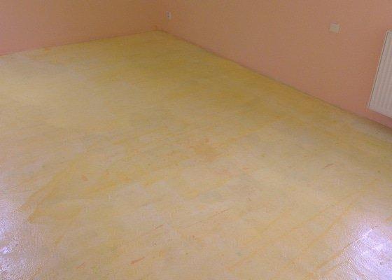 Vinylová podlaha cca50m2