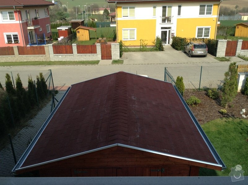 Šindelová střecha na zahradní domek: IMG_0152
