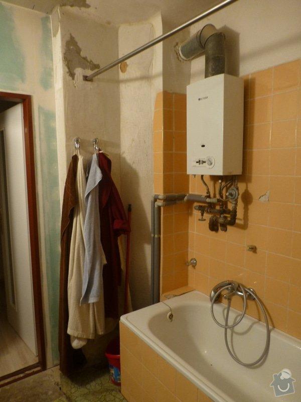 Rekonstrukce koupelny cca  5,5 m2 a WC cca 1,5 m2, v koupelně hliněné omítky: od_okna