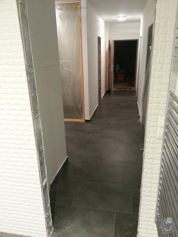 Realizace koupelny,polozeni dlazby v chodbe a kuchyni: 20130504_235636