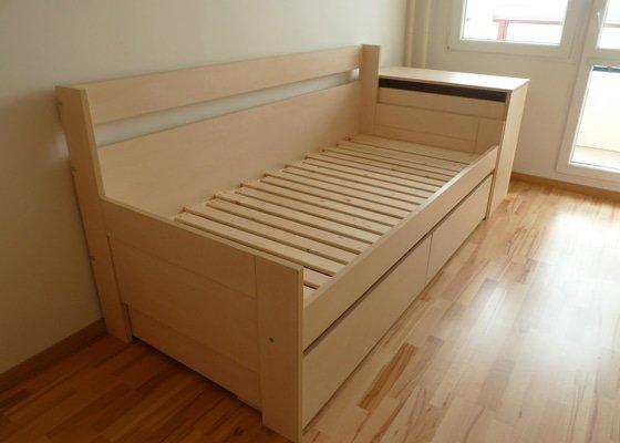 Rozkládací postel a knihovna
