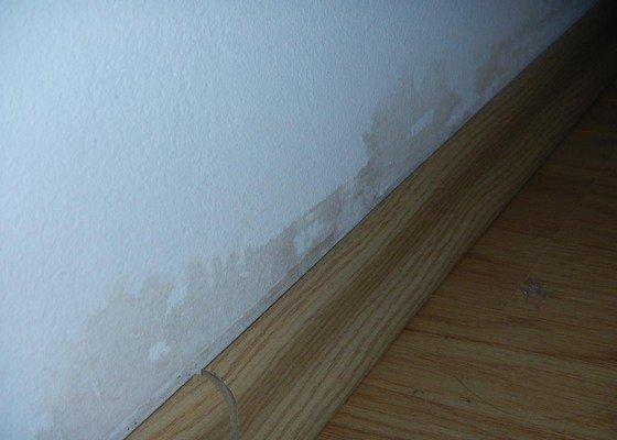Malířské práce (1 pokoj po vytopení vodou)