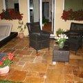 Realizace terasy kamen zlaty travertin baracek schlossberg hotel nemecko cerven 2012 111